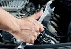 10 عادت اشتباه در رانندگی که به خودروی شما آسیب می رساند