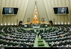 مجلس دوره معافیت فنی خودروهای شخصی، دولتی و عمومی را کاهش داد