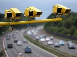 دوربینهای سرعت سنج چگونه عمل میکنند؟